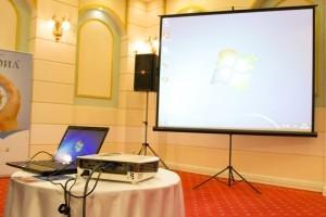 Прокат аренда экранов для проекторов Алматы